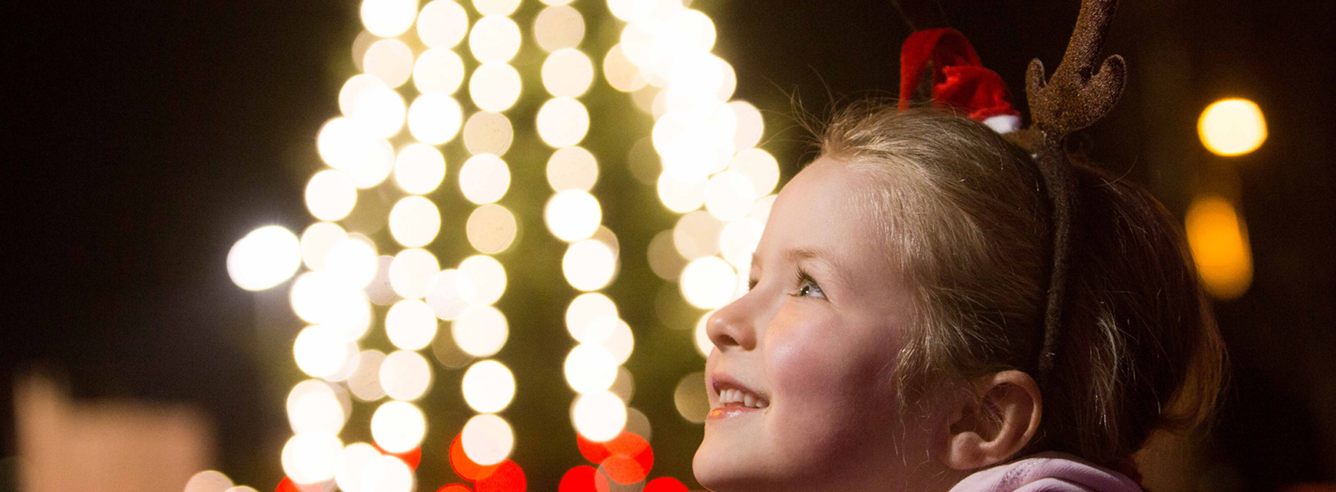 Cork City Lightshttps://www.corkcity.ie/en/re-imagine-glow/news/the-countdown-to-christmas-begins-as-cork-lights-up-18-november-2020.html